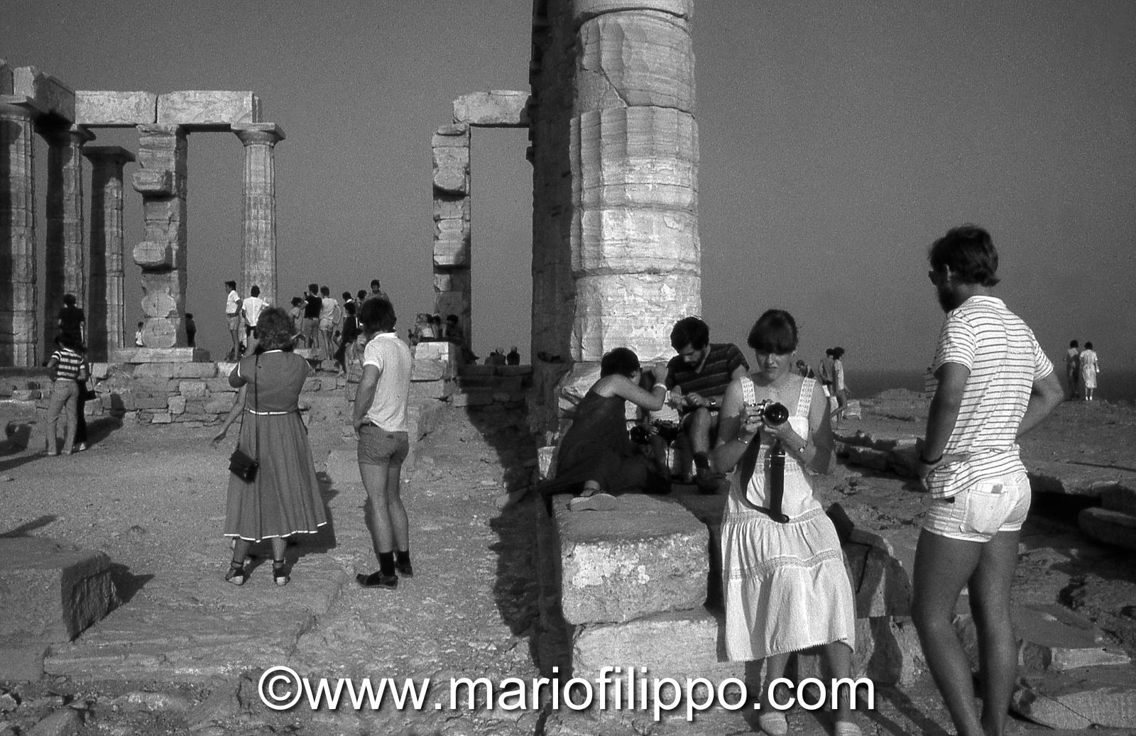 Grecia Capo Sounion -turisti anni 70....