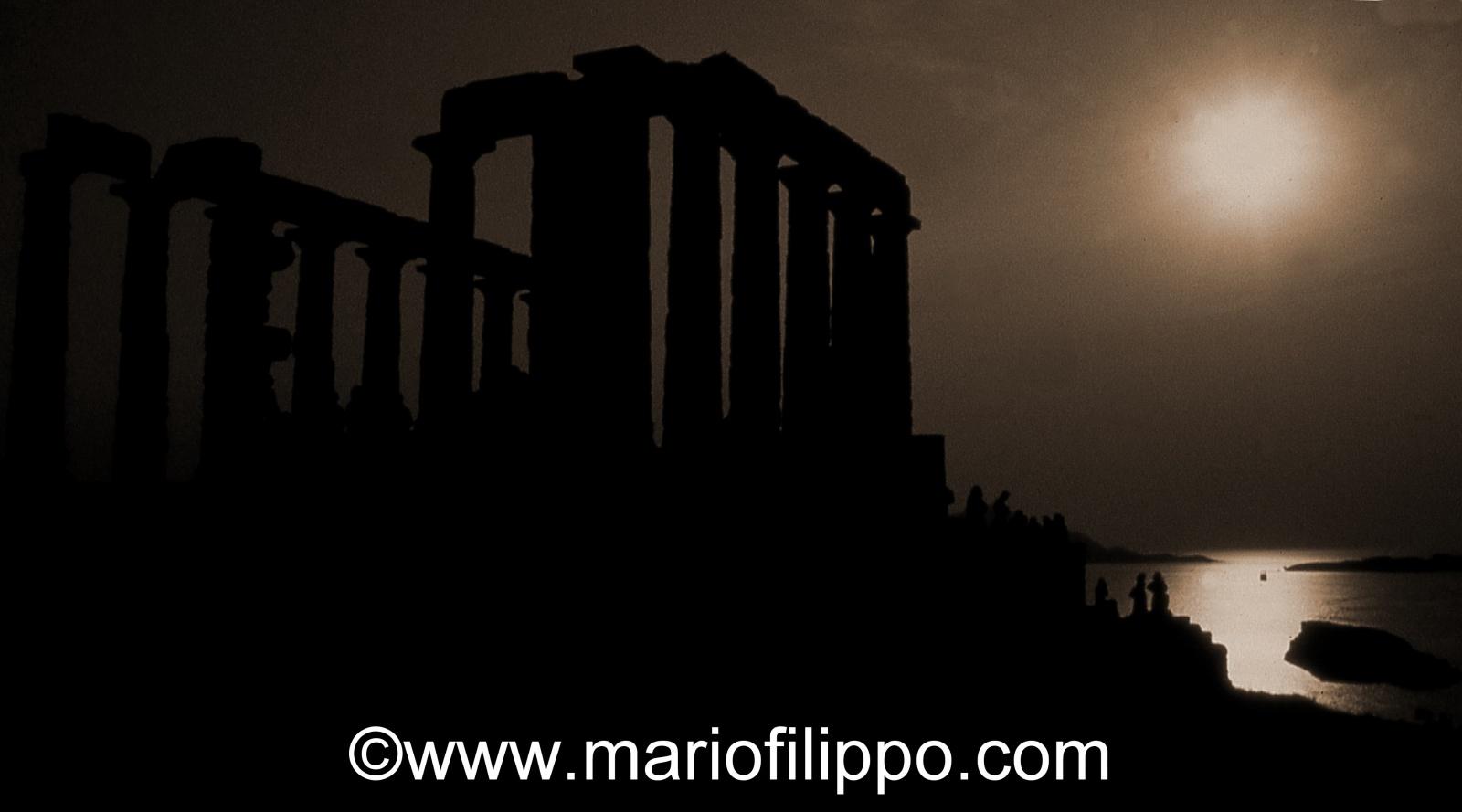 Grecia Capo Sounion - tempio di Poseidone al tramonto